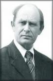 Le professeur Antony C. Sutton